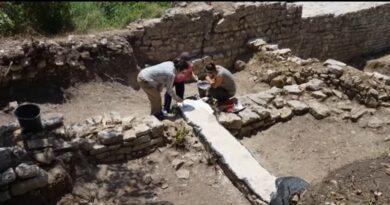 Butrint, zbulohen 60 kalke origjinale të shekullit XX me mbishkrime epigrafike