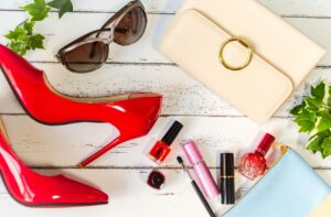 8 essential accessories that can add a redefined touch to any outfit
