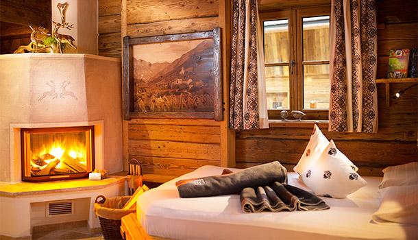 CHALETDORF AUSZEIT GROSSARL  AUSTRIAN ALPS log cabin with fireplace