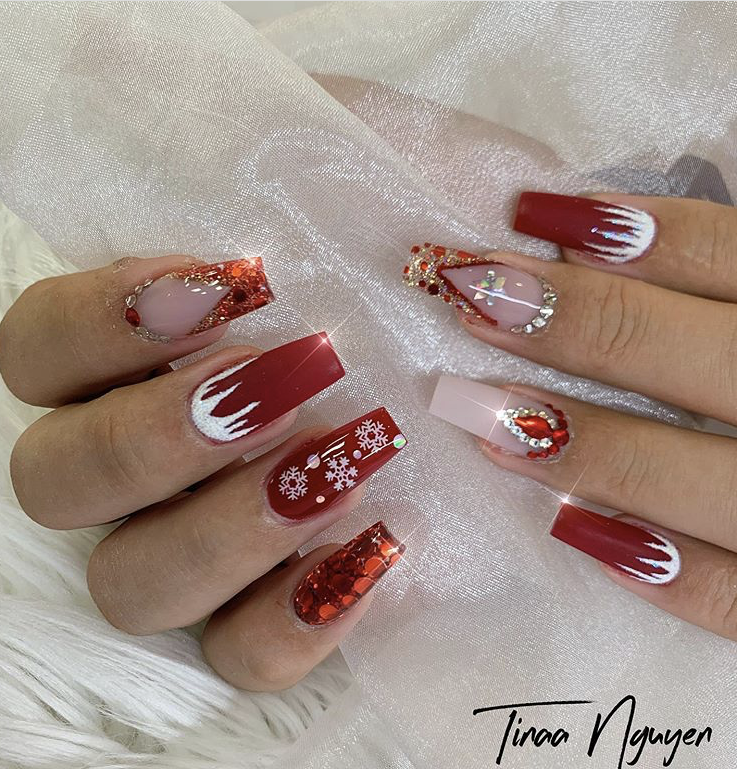 Christmas acrylic nails design with gemstones