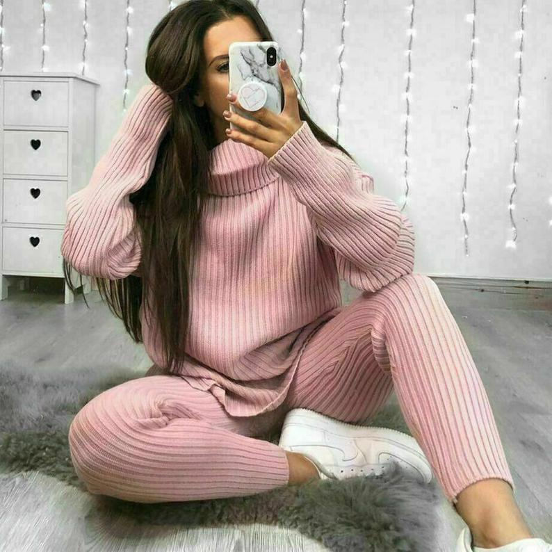 Chunky Knitted 2 Piece Loungewear Set gift for Mother's Day