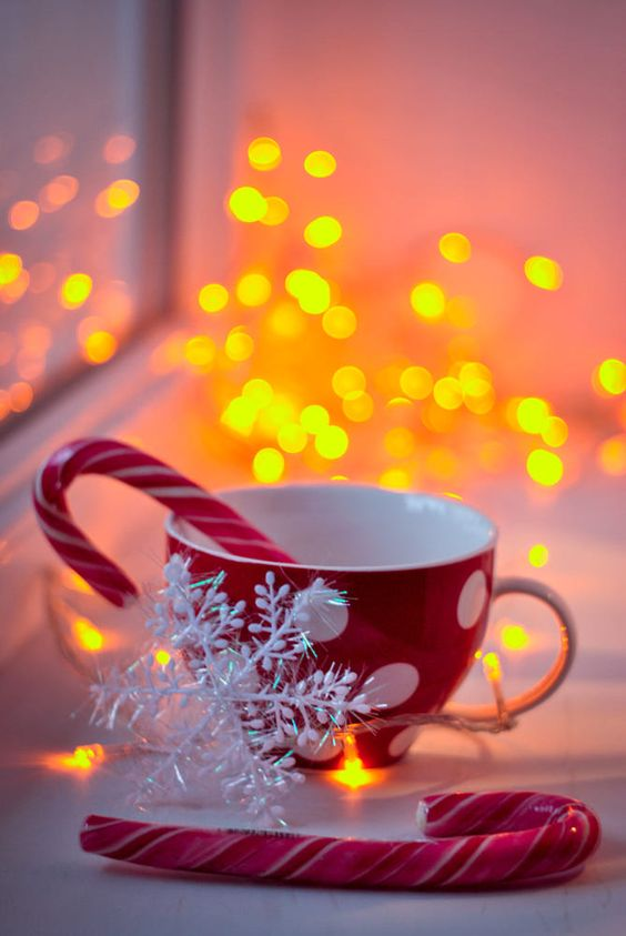 Cup of Magic Christmas wallpaper for iPhone background