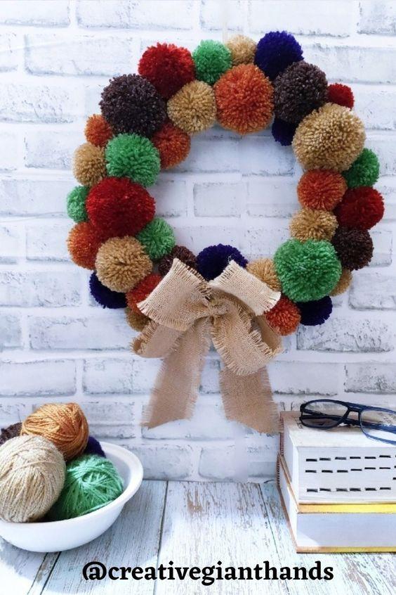 DIY pom pom wreath for Easter crafts