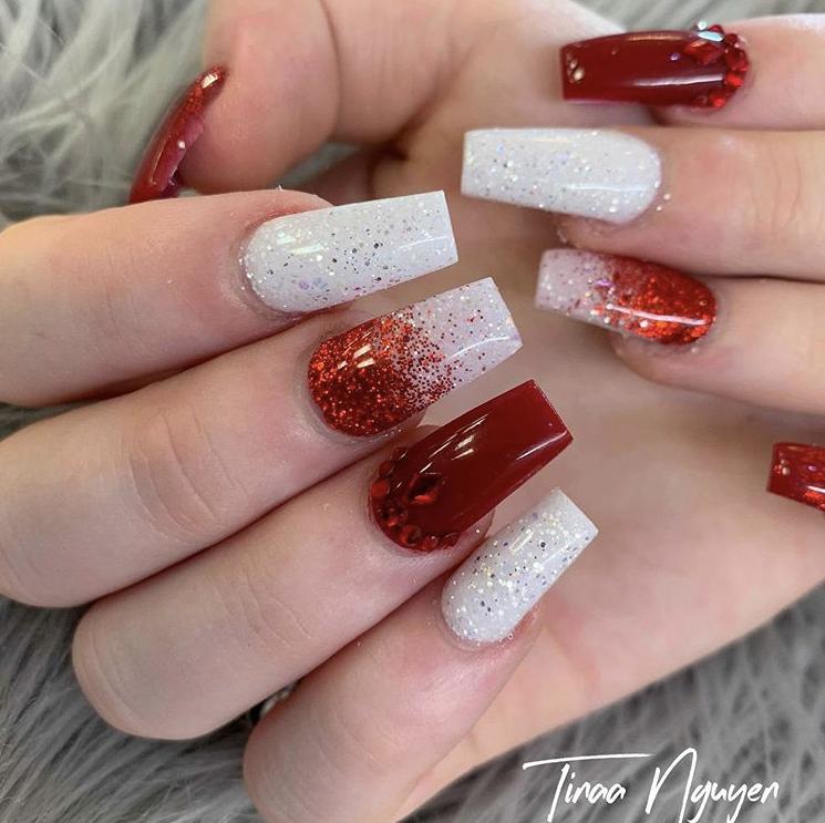 Festive nail design