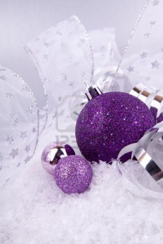 Gorgeous Christmas ornaments wallpaper