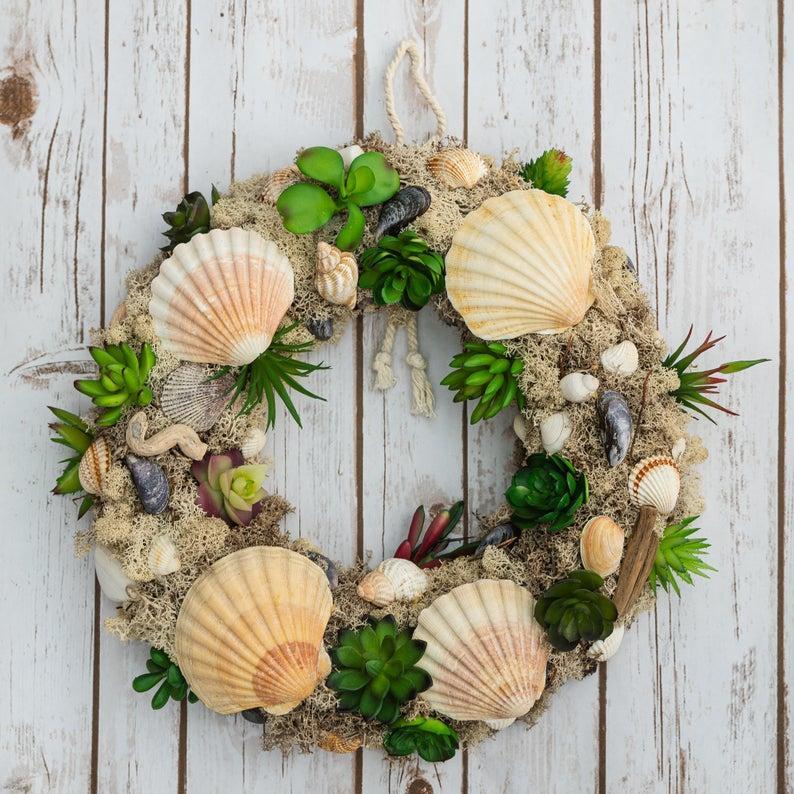 Large sea shell summer wreath