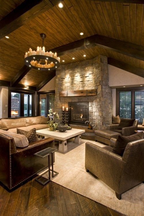 Luxury mountain cabin with fireplace