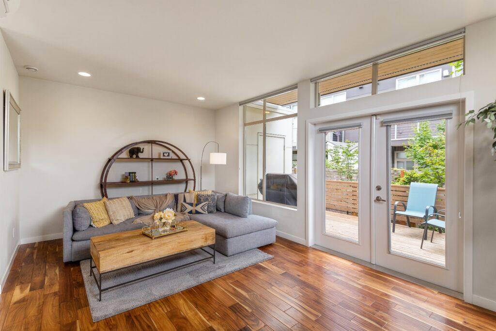 Minimalist living room decor inspiration