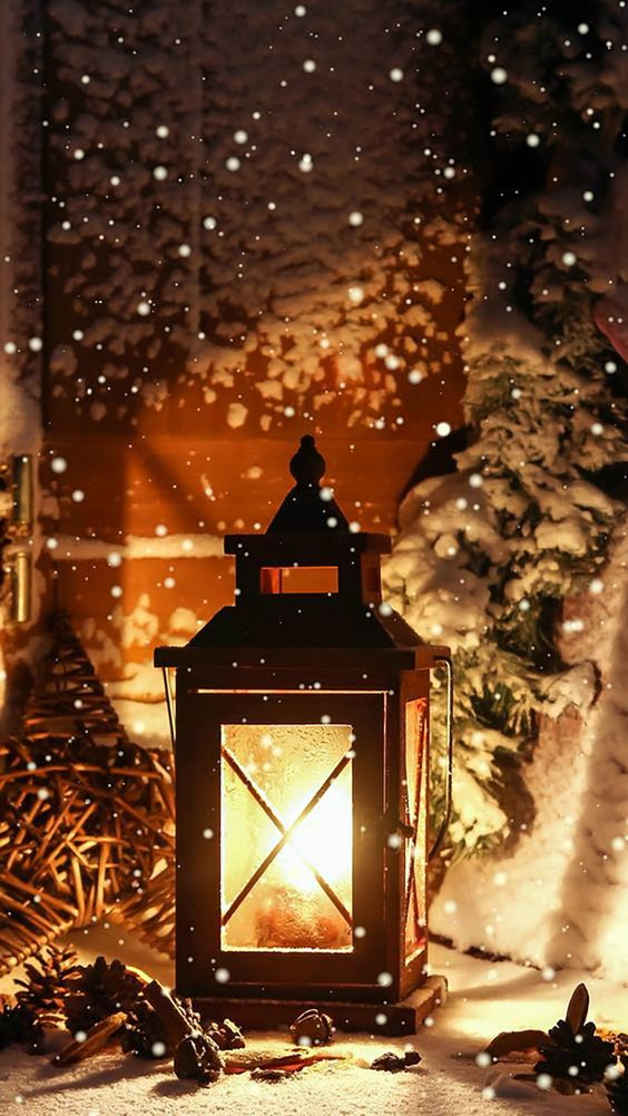 Outdoor Christmas lamp wallpaper background