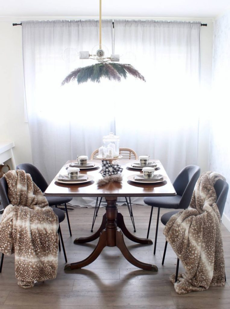 Pampas grass lampshade in the dining room