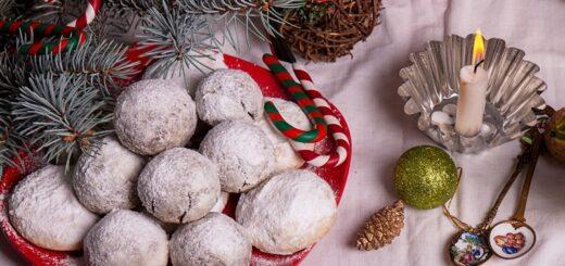 Russian snowball cookies recipe