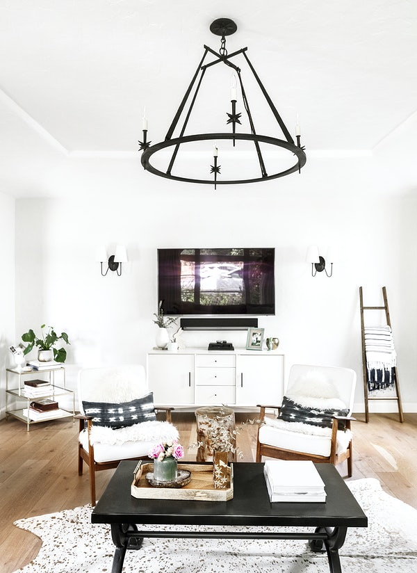 Scandinavian living room decor that will brighten up the whole house