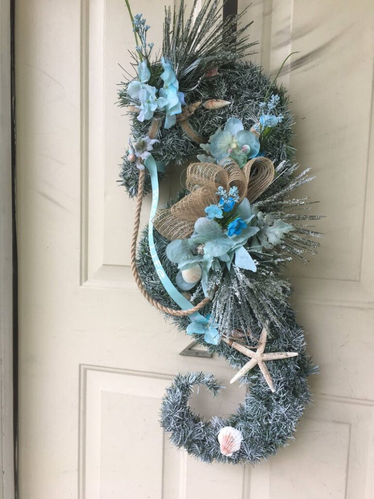 Seahorse wreath wall decoor
