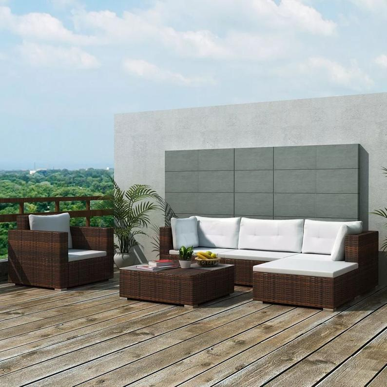 Stylish rattan set for patio and garden decor