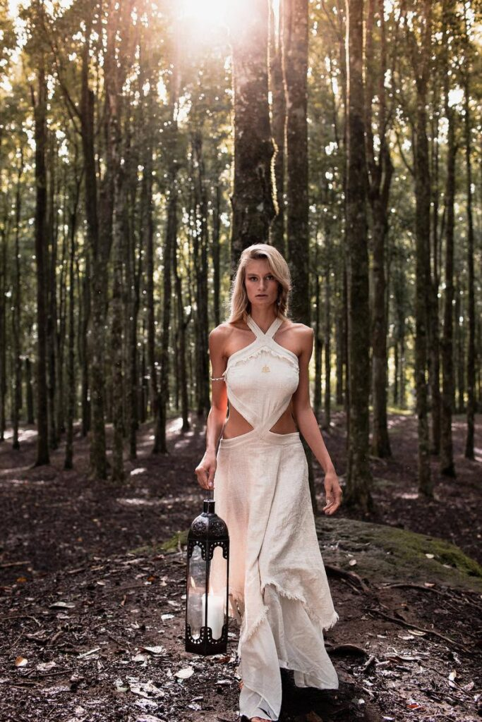 Sustainable long dress with open back for beach wear