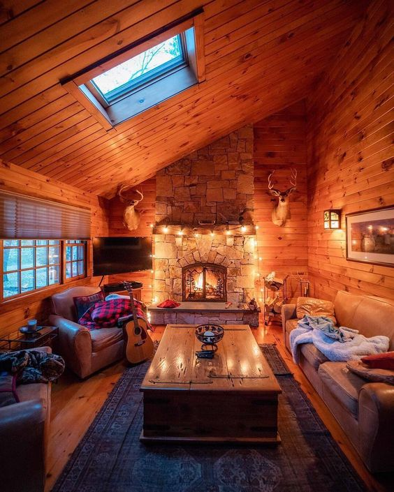 The best mountain cabin with fireplace that are perfect to relax. The cosiest log cabins with fireplace to cheer you up