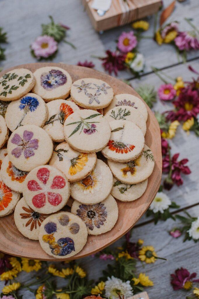 Vegan edible flower cookies