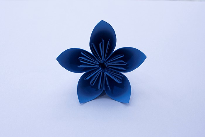 We have finished making a single paper flower