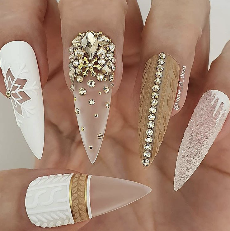 Winter glam nail art