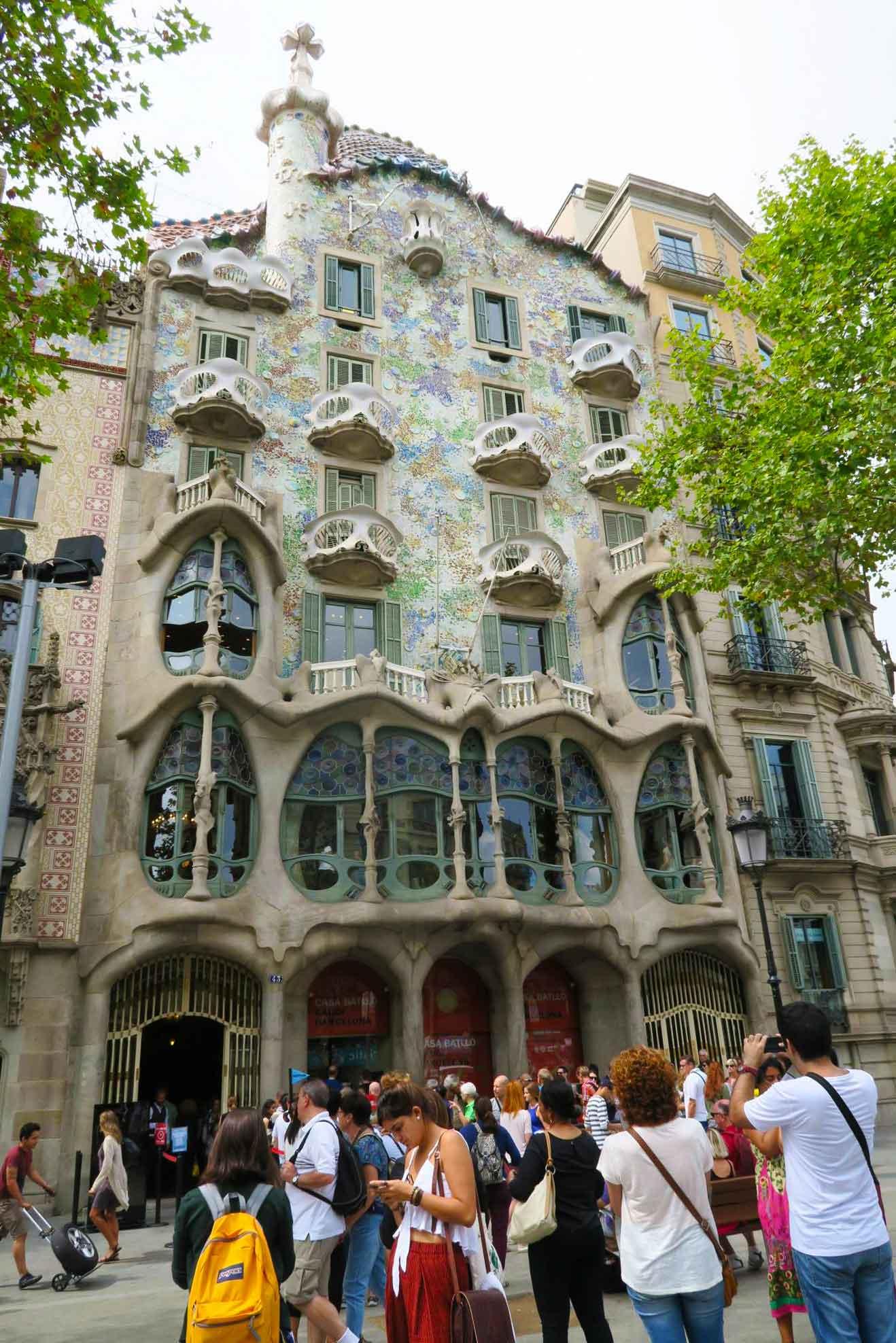 casa batllo gadi architecture in Barcelona, Spain