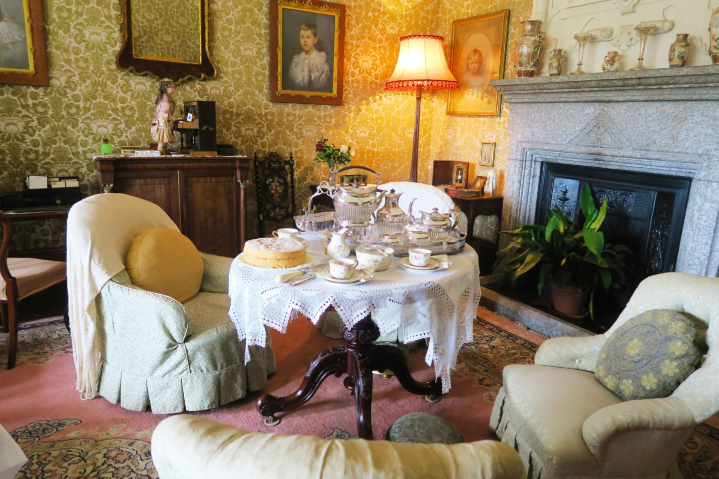 lanhydrock living room in cornwall
