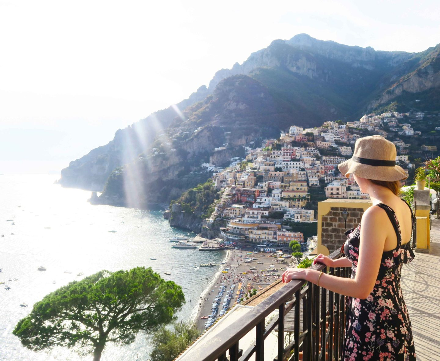 melissa carne looking at the view over positano
