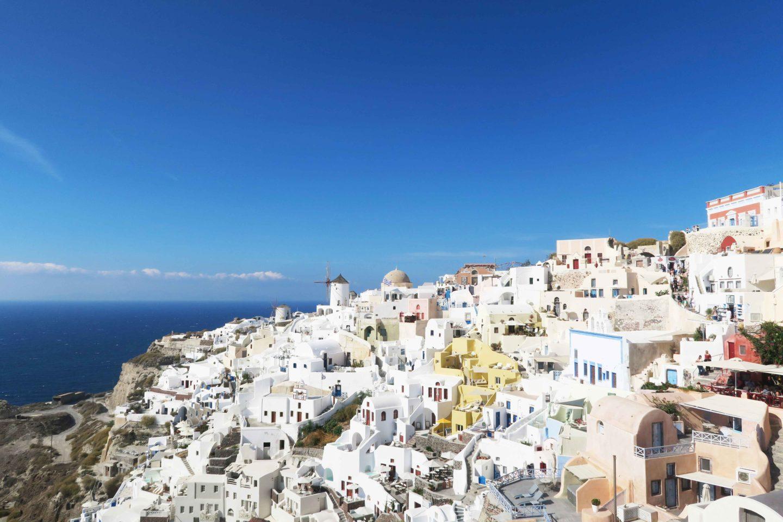 oia town in santorini greece