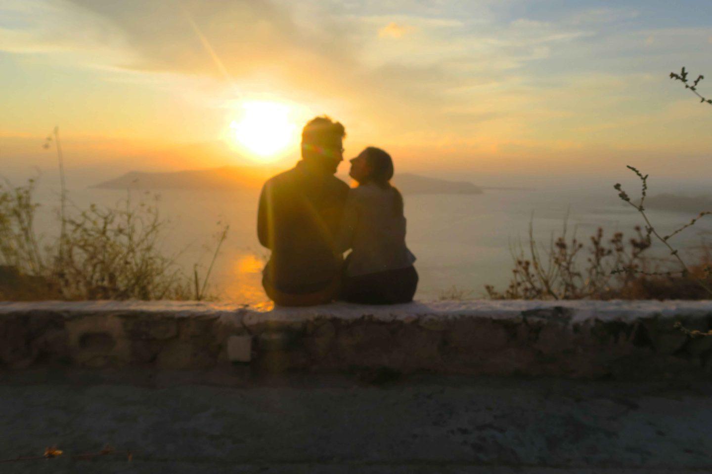 santorini sunset couple love
