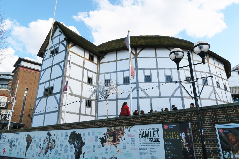 the globe theatre in london