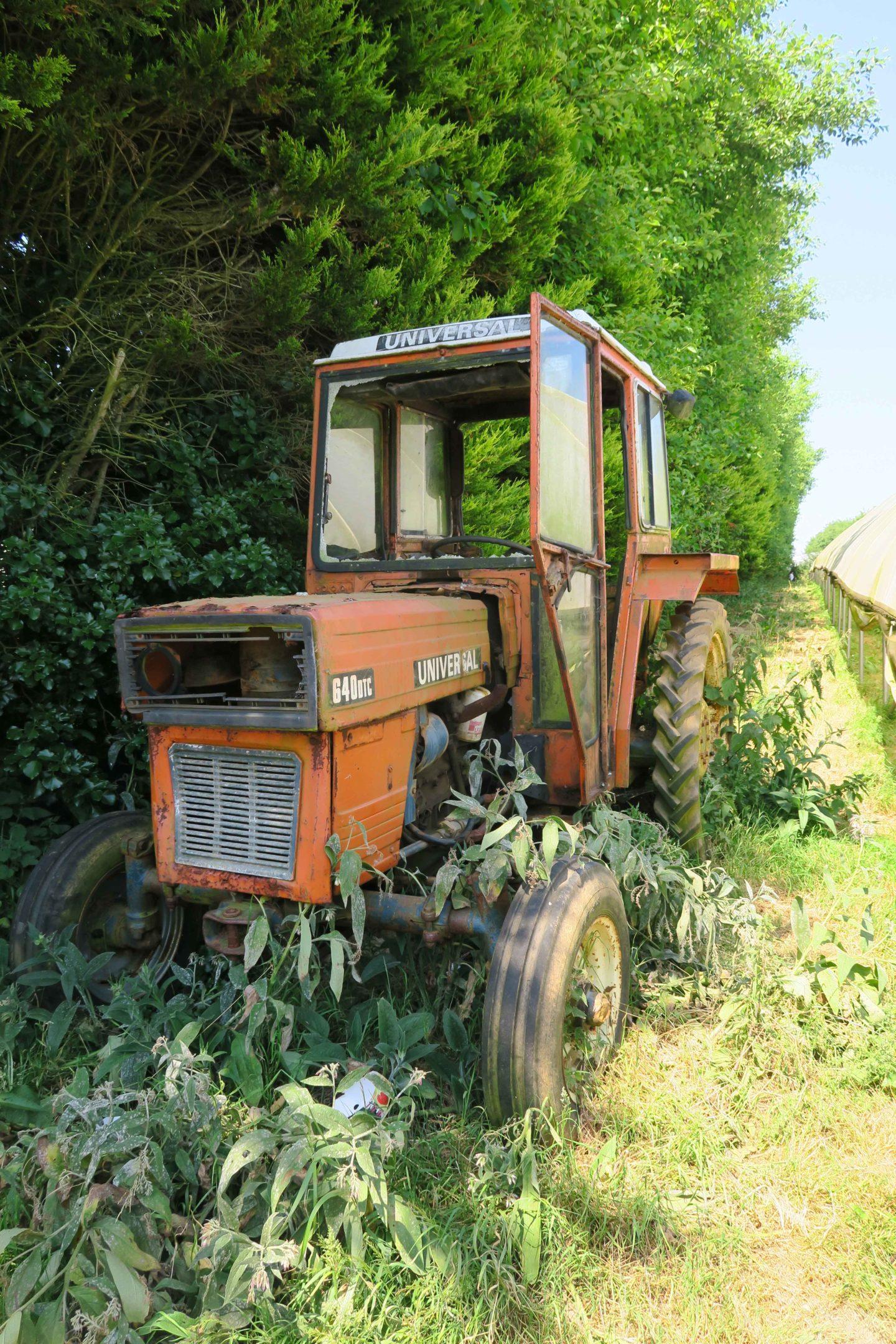tractor trevaskis farm