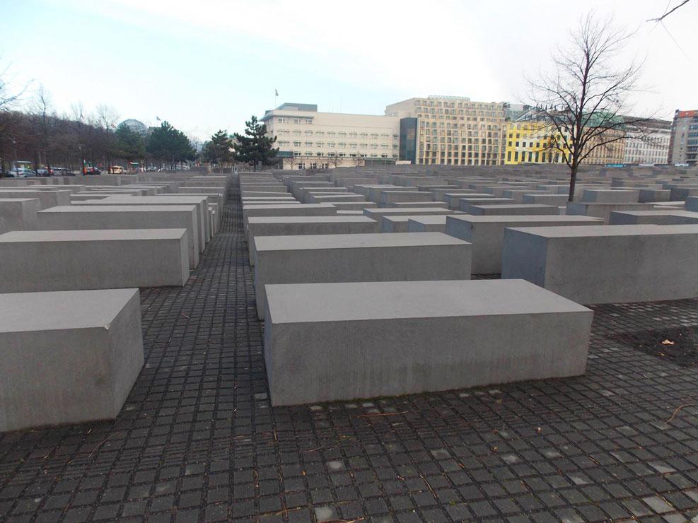 memorial to the murdered jews of europe berlin