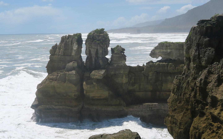 Pancake rocks in Punakaiki in New Zealand