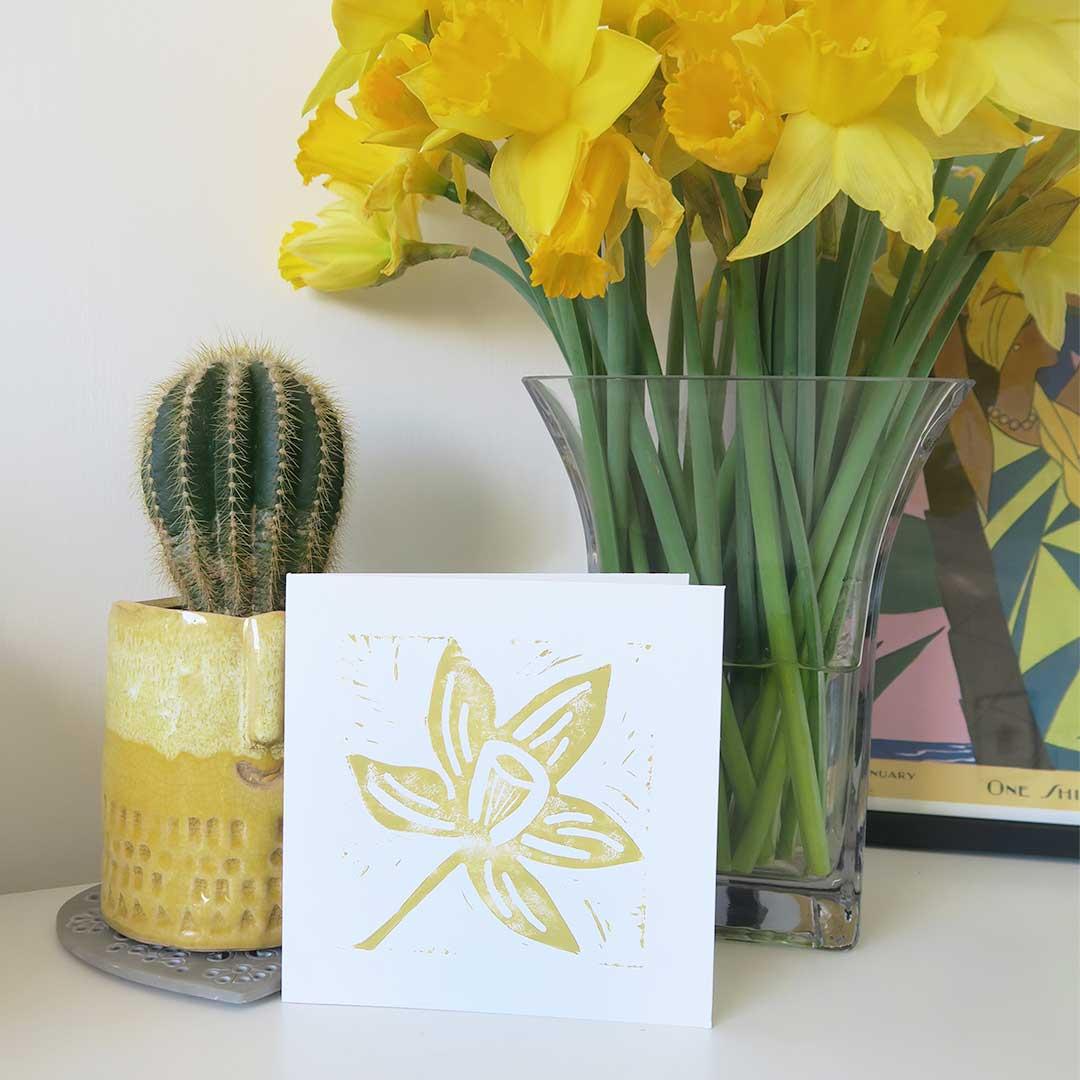 melissa carne design mother's day daffodil card
