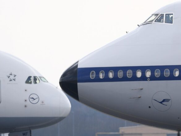 Airbus & Boeing Aircraft