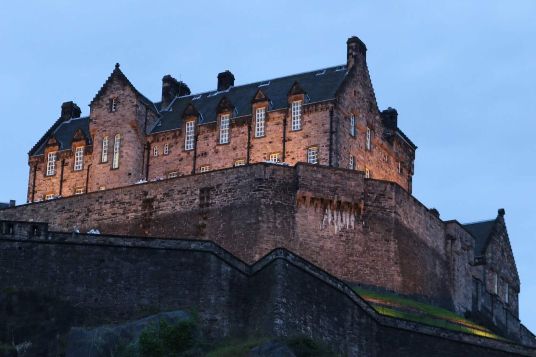 A photo of Edinburgh Castle in the gathering twilight