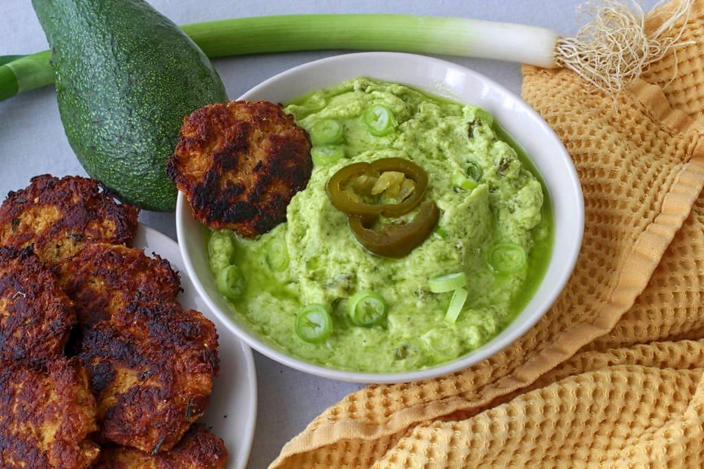 Avocado Jalapeno Dip (Paleo, Whole30, Vegan)