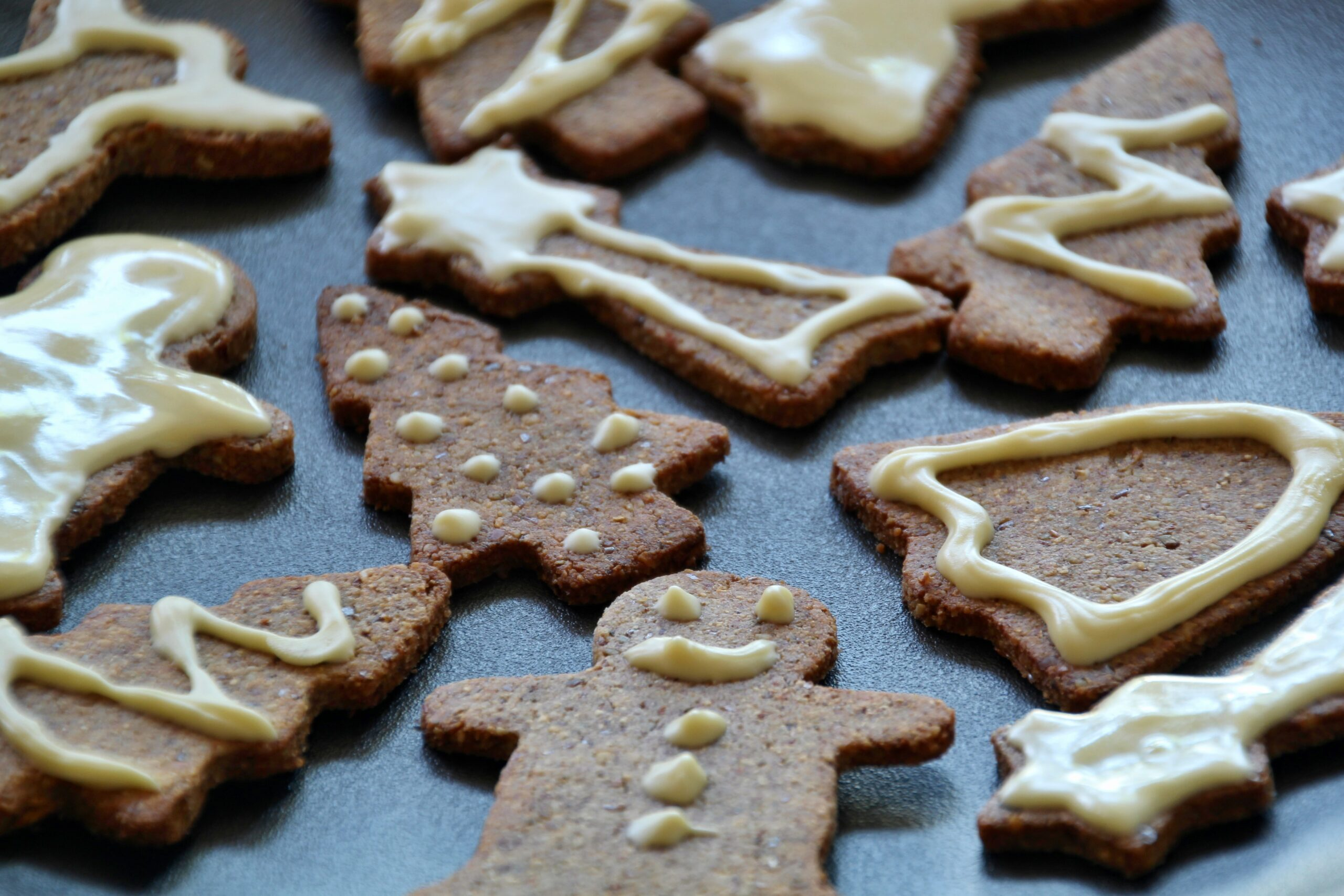 Gingerbread Cookies (Paleo, Low Carb, Keto)