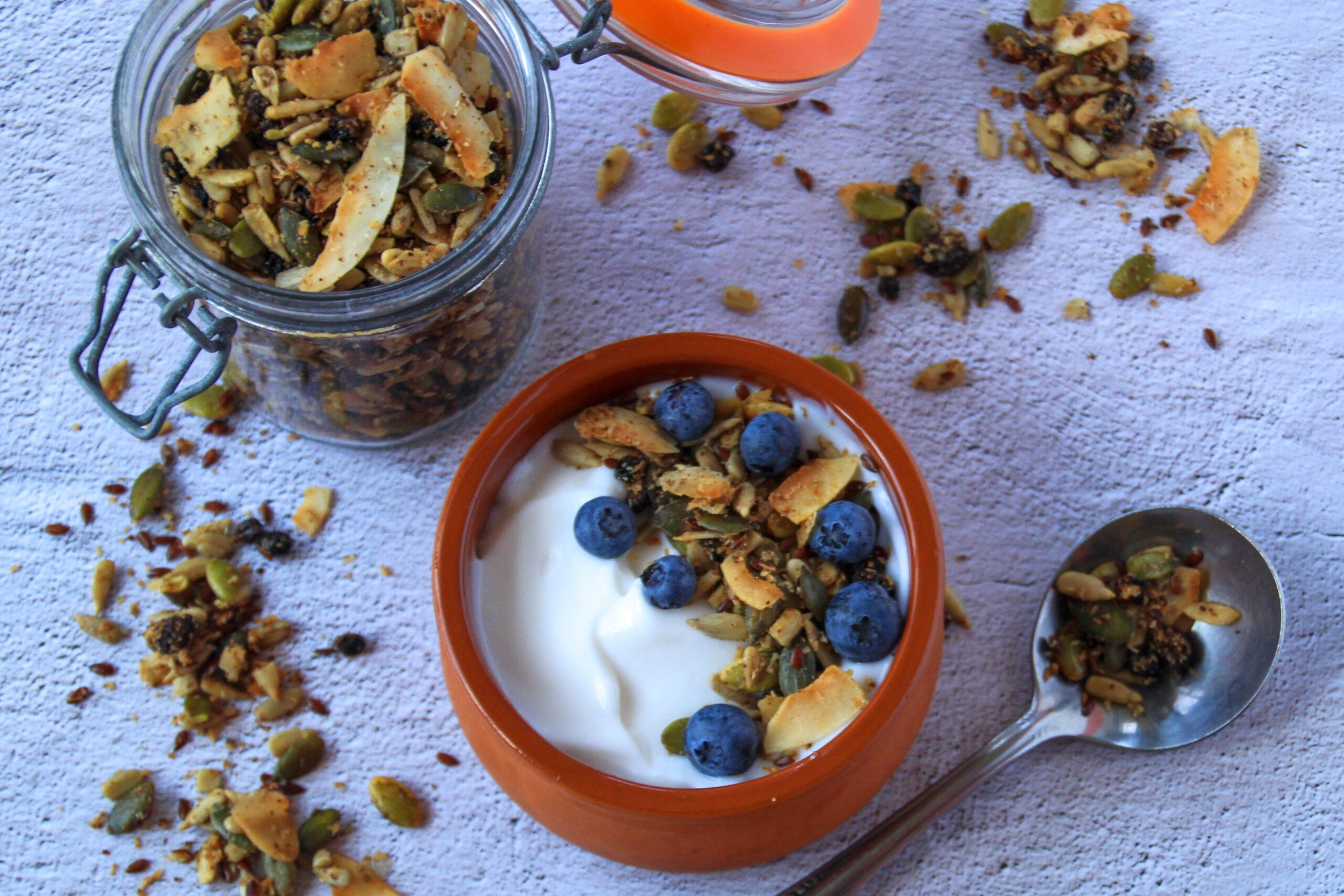 Coconut Granola (Paleo, Low Carb, Vegan)