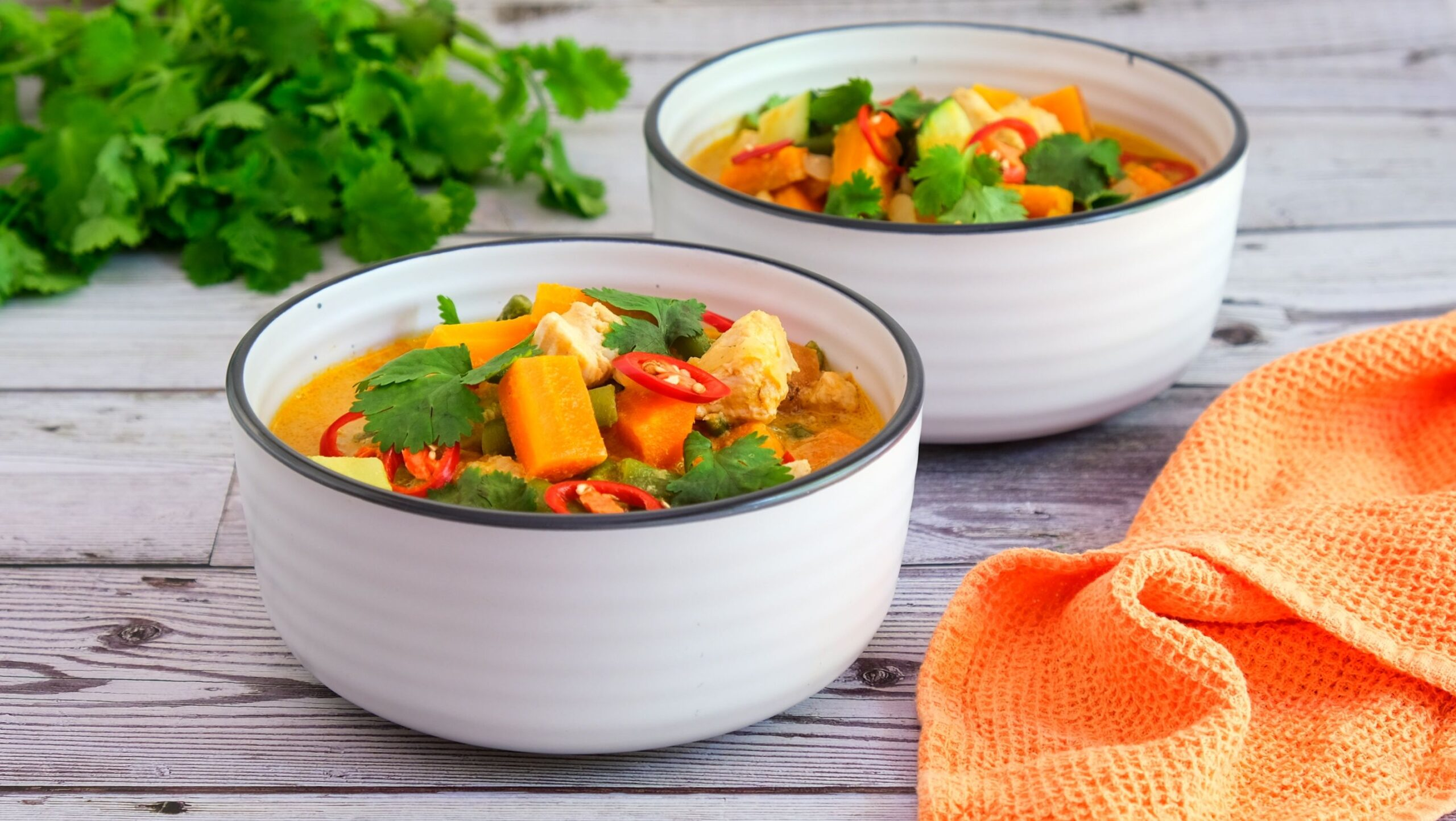 Red Curry With Chicken (Paleo, Whole30, Low Carb)
