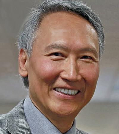 Dr. Chenming Hu – Professor of EECS