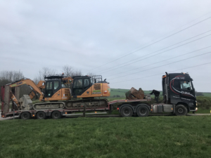Digger, excavator, plant hire