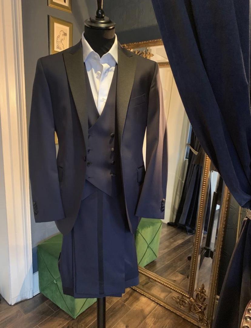 Patricia Grogan – Cut Tailoring