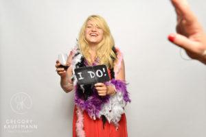Le Crazy Photobooth du mariage d'Emma et Guillaume au Relais du Gensbourg !