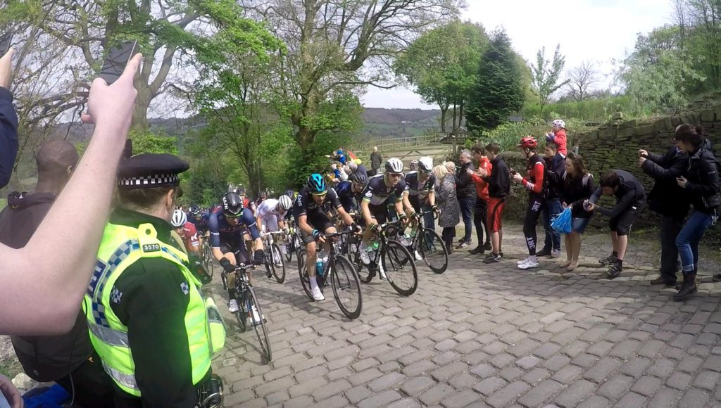 Tour De Yorkshire Peloton Hits Shibden Wall 2017 #TourDeYorkshire2017