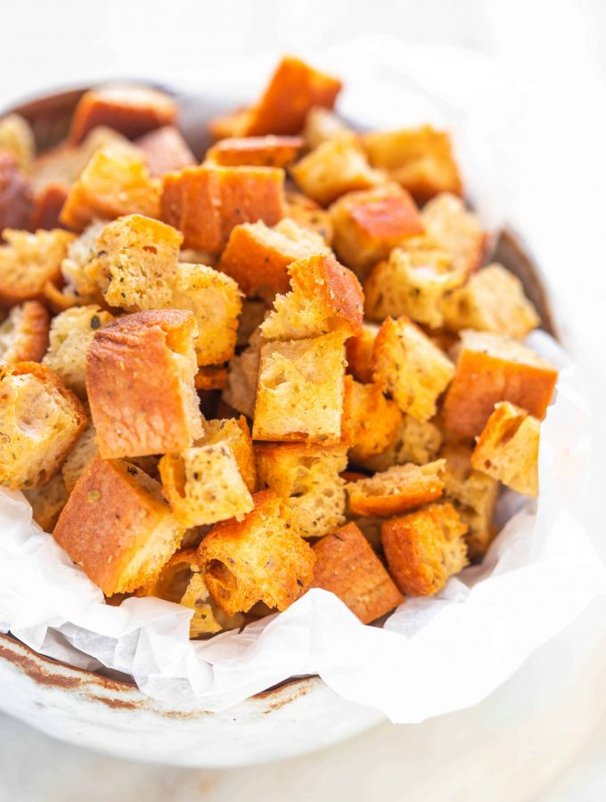 How to make homemade croutons in an Air fryer