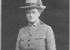 Elsi Inglis ( Elsie Maud Inglis ) Prva žena koja je dobila najviše srpsko odlikovanje