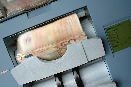 Rasvetljena pljačka menjačnice u Mladenovcu