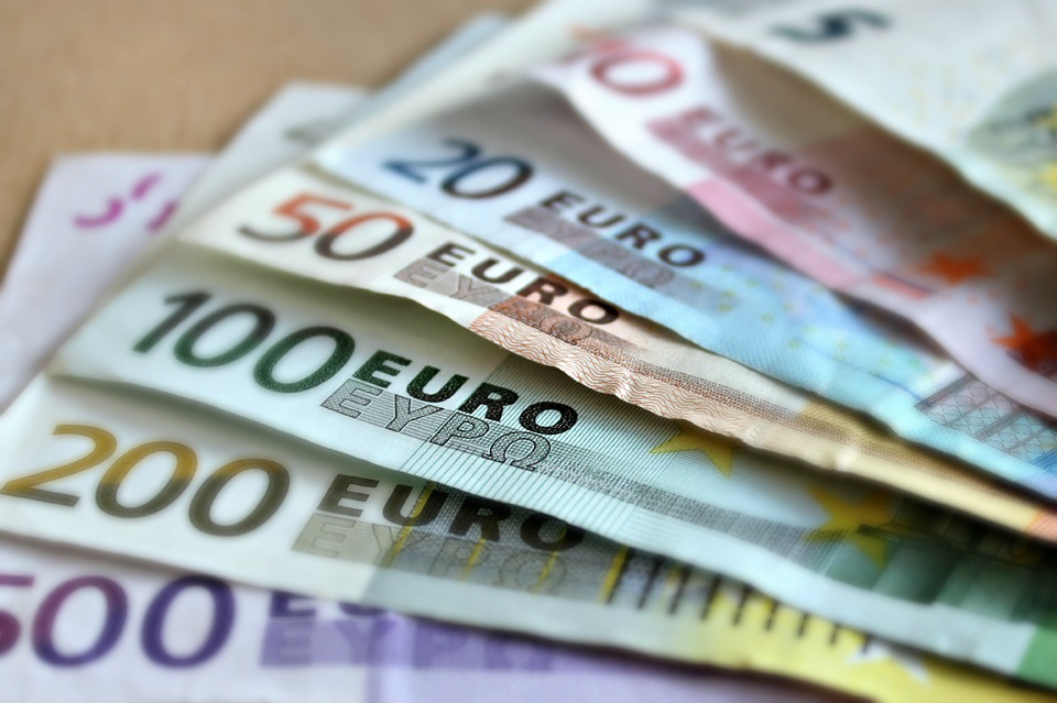 Za sve građane koji su se prijavili od sutra isplata 100 evra