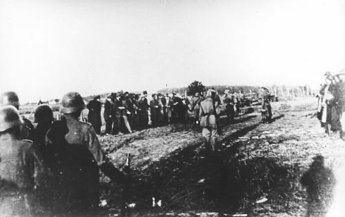 Dan sećanja na žrtve holokausta, genocida i drugih žrtava fašizma u Drugom svetskom ratu