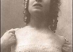 Prva poznata Srpkinja koja se fotografisala obnažena i to u inat Branislavu Nušiću